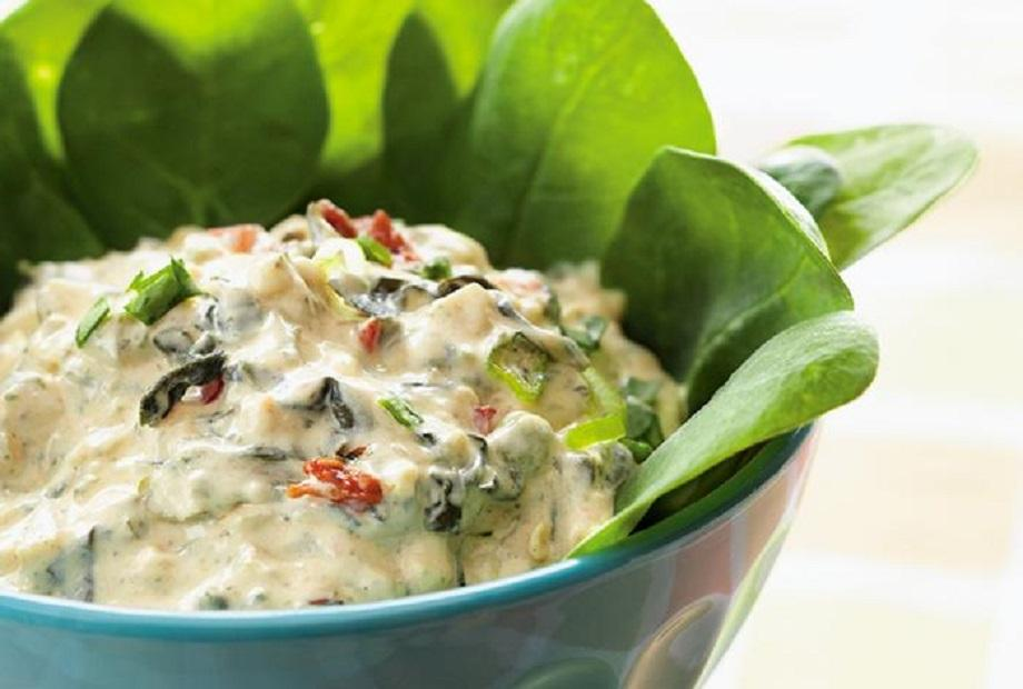 Spinach and Artichoke Dip with Jalapenos